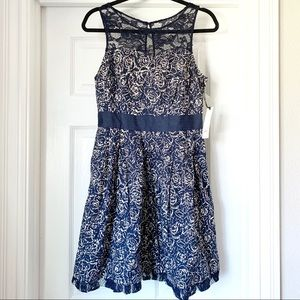 Modcloth BB Dakota Navy Floral Lace Dress